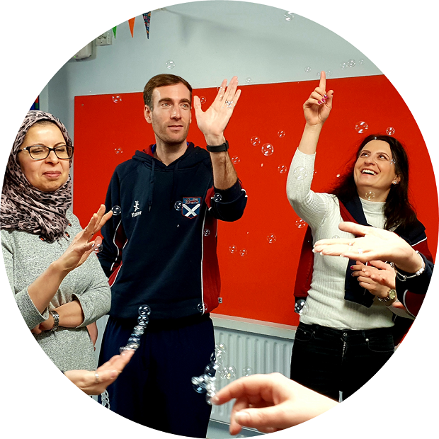 https://www.therightstepdc.co.uk/wp-content/uploads/2021/03/Circle-TRS-Training-Bubbles-St-Andrews-EYFS-Dance.png