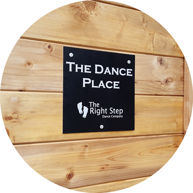https://www.therightstepdc.co.uk/wp-content/uploads/2021/03/Circle-The-Dance-Place-Right-Stepsign.png