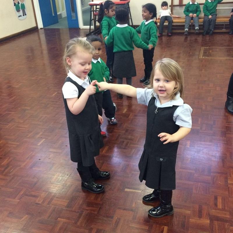 SQ Greenvale Infants Dance Educating cross curricular