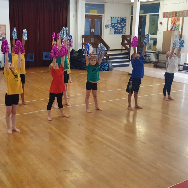 SQ Palace Wood Primary Dance Cheer
