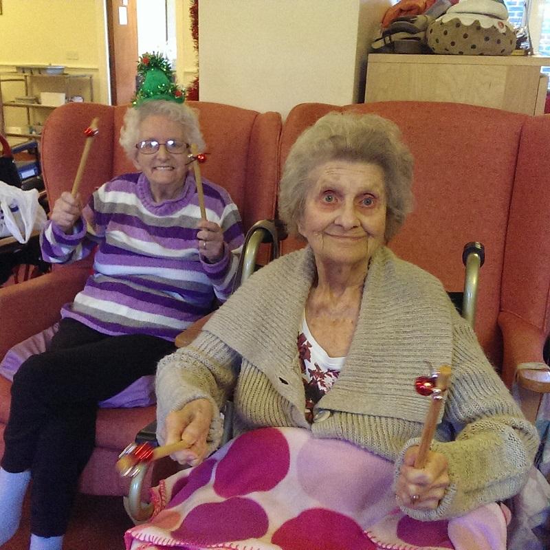 Sq Byron Lodge Active Armchairs props Christmas